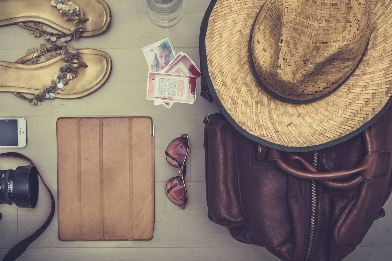 sunglasses-travel-still-life